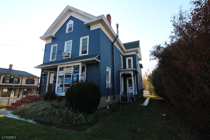 Maison unifamiliale pour l à louer à 155 Main Street Flemington, New Jersey 08822 États-Unis