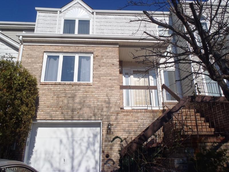 Casa Unifamiliar por un Alquiler en 101 Edgefield Drive Parsippany, Nueva Jersey 07950 Estados Unidos