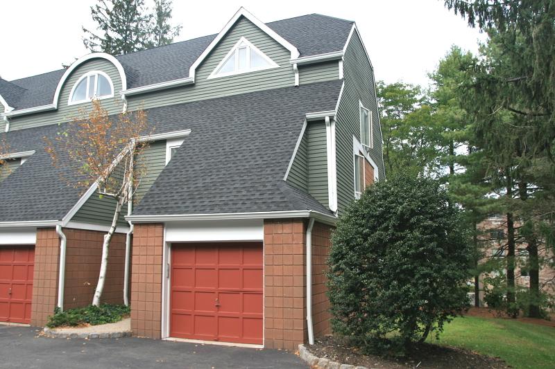 Частный односемейный дом для того Продажа на 13 Franklin Place Morristown, Нью-Джерси 07960 Соединенные Штаты
