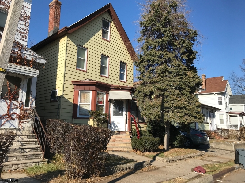 Maison unifamiliale pour l à louer à Address Not Available East Orange, New Jersey 07017 États-Unis