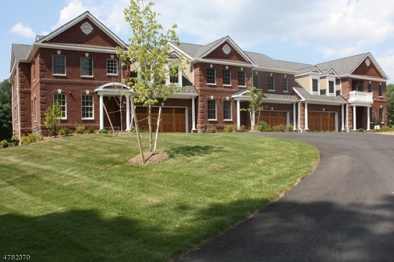 Single Family Home for Sale at 2 Wheatsheaf Farm Road Morris Township, New Jersey 07960 United States