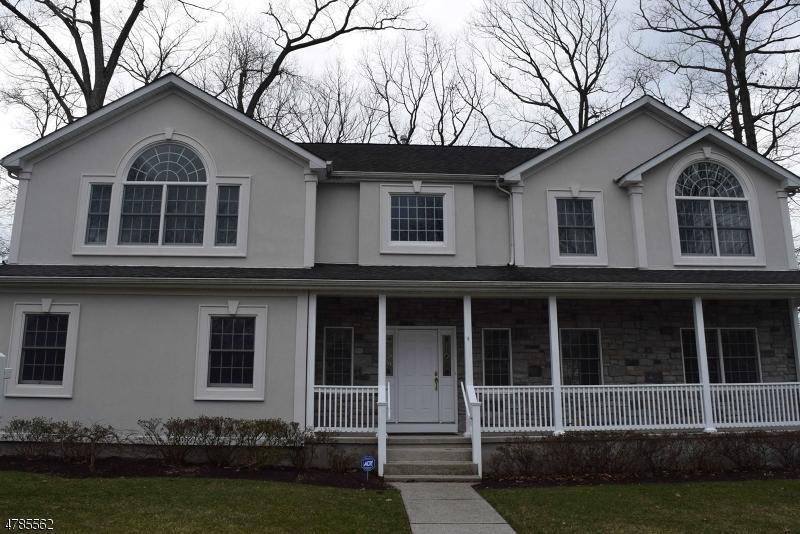 Maison unifamiliale pour l Vente à 4 Coombs Lane Midland Park, New Jersey 07432 États-Unis