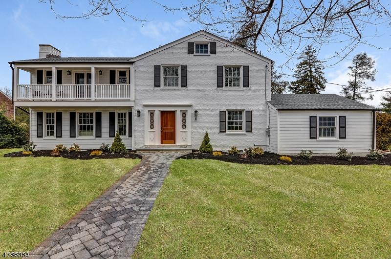 Частный односемейный дом для того Продажа на 2 Cross Gates Road Madison, Нью-Джерси 07940 Соединенные Штаты