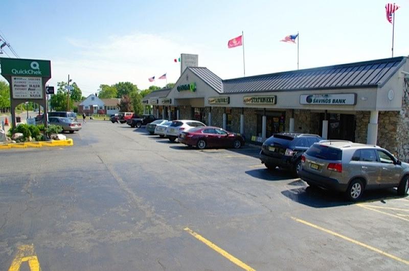 Comercial para Arrendamento às 375 Valley Road Clifton, Nova Jersey 07013 Estados Unidos