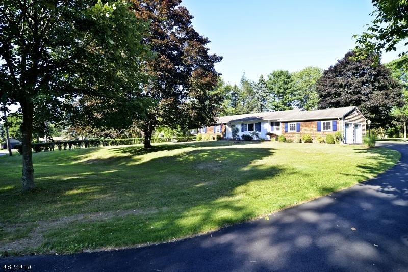 Single Family Home for Sale at 56 KIM Lane Washington, New Jersey 07840 United States