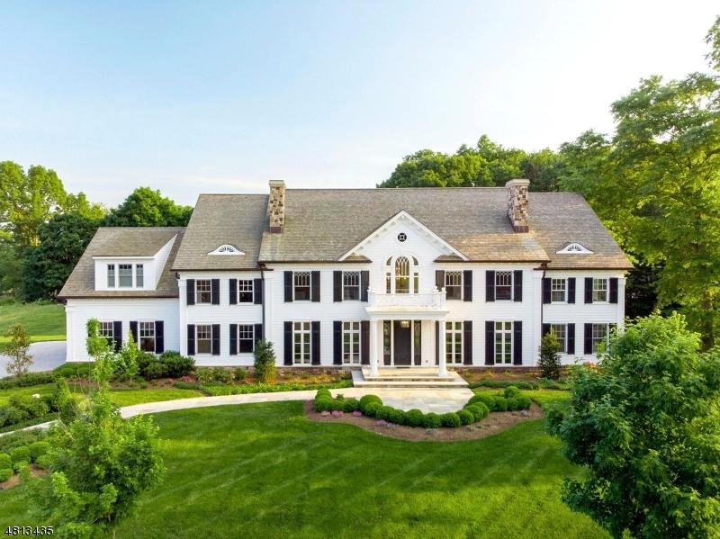 Частный односемейный дом для того Продажа на 5 MILLBROOK Lane Franklin Lakes, Нью-Джерси 07417 Соединенные Штаты