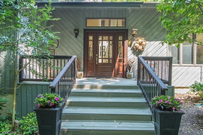Casa Unifamiliar por un Venta en 148 MILLER Road Kinnelon, Nueva Jersey 07405 Estados Unidos