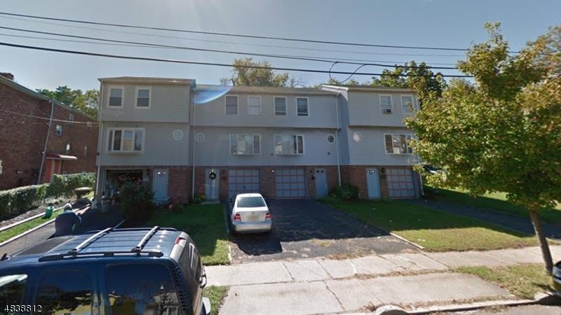 Condo / Townhouse pour l Vente à 448 LAKESIDE Avenue Orange, New Jersey 07050 États-Unis