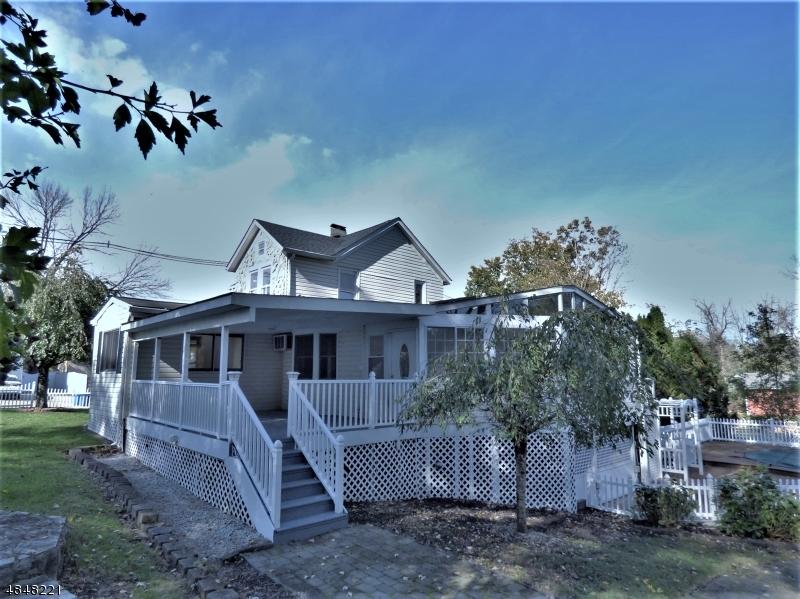 獨棟家庭住宅 為 出售 在 32 TOWNSEND Street Newton, 新澤西州 07860 美國