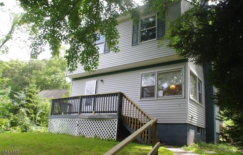 Nhà ở một gia đình vì Thuê tại 28 CONDICT Road Roxbury Township, New Jersey 07850 Hoa Kỳ