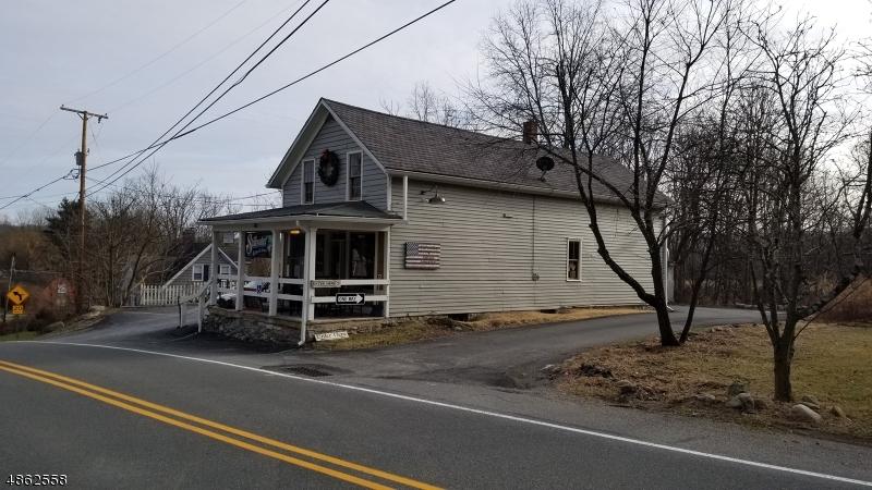 Property 為 出售 在 904 ROUTE 521 Stillwater, 新澤西州 07860 美國