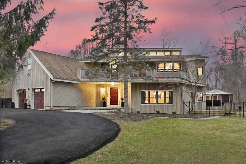 Частный односемейный дом для того Продажа на 70 OGDEN Place Morristown, Нью-Джерси 07960 Соединенные Штаты