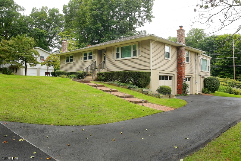 Single Family Home for Sale at 12 DRAKE WAY Morris Plains, New Jersey 07950 United States
