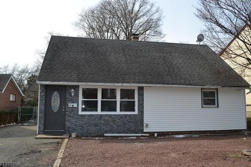 Single Family Home for Sale at 29 E Passaic St 29 E Passaic St Rochelle Park, New Jersey 07662 United States