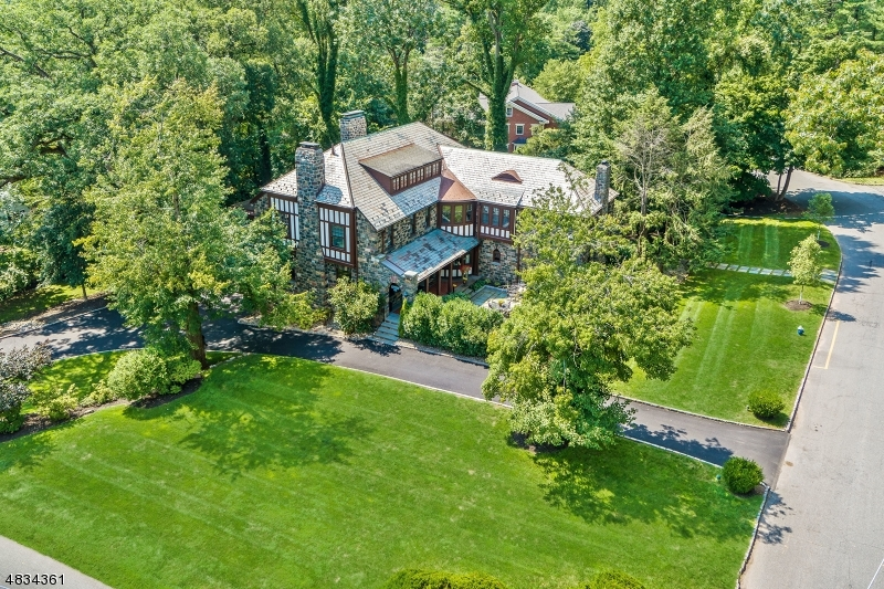 Single Family Home for Sale at 71 TAYLOR ROAD 71 TAYLOR ROAD Millburn, New Jersey 07078 United States