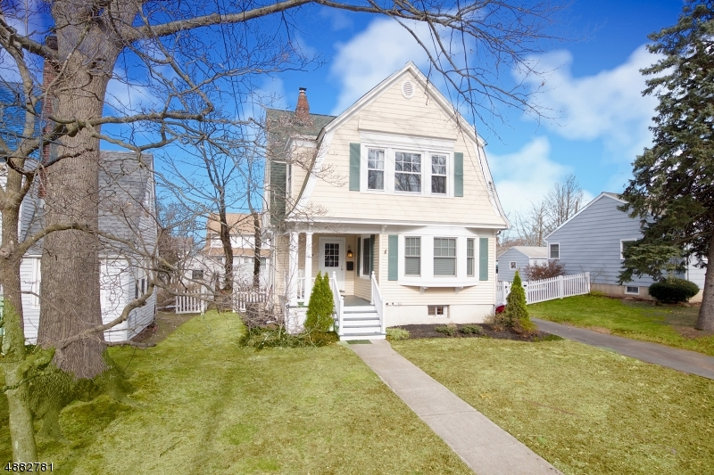 Single Family Home for Sale at 949 RIPLEY AVE 949 RIPLEY AVE Westfield, New Jersey 07090 United States