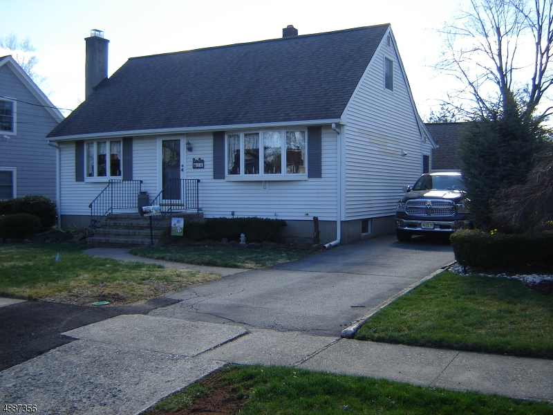 Moradia para Venda às 16 Riverdale PARKWAY Riverdale, Nova Jersey 07457 Estados Unidos