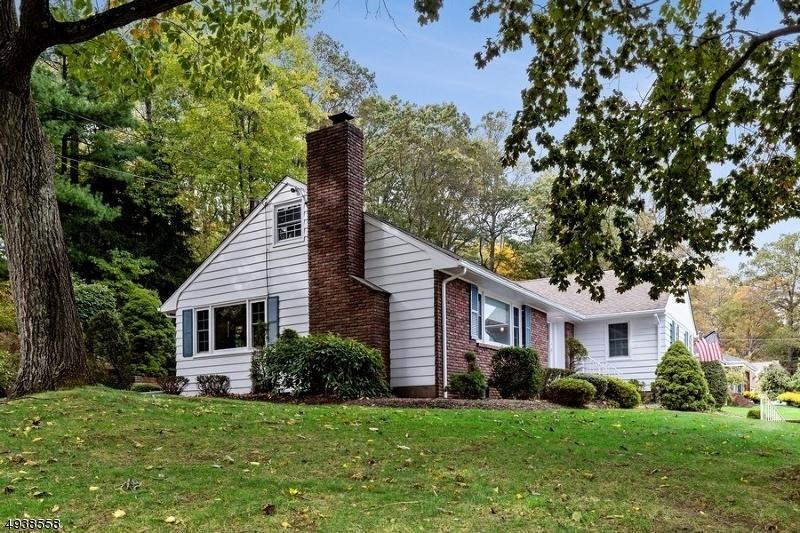 Single Family Homes för Försäljning vid Hawthorne, New Jersey 07506 Förenta staterna