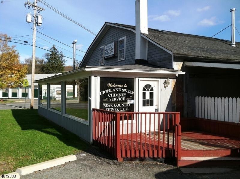 Thương mại vì Bán tại Branchville, New Jersey 07826 Hoa Kỳ