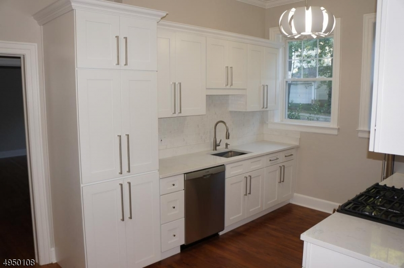 Property pour l à louer à Millburn, New Jersey 07041 États-Unis