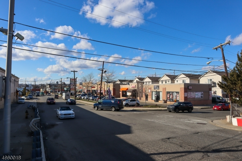 Additional photo for property listing at 374 SOUTH Street Newark, New Jersey 07105 United States