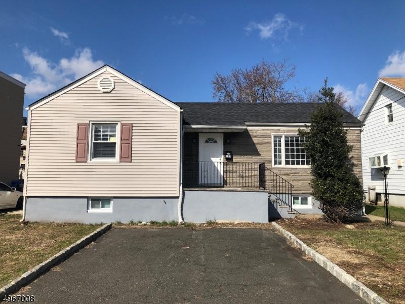 Single Family Homes vì Bán tại Wood Ridge, New Jersey 07075 Hoa Kỳ