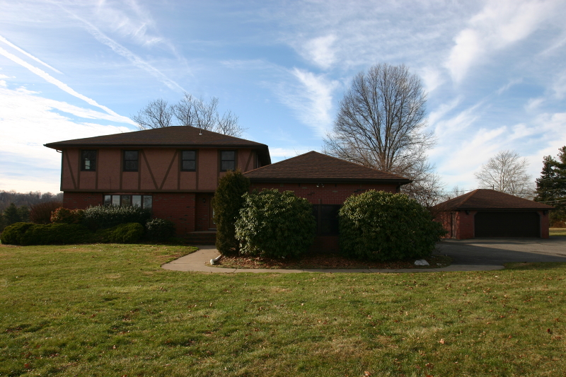 Single Family Home for Sale at 804 County Road 579 Pittstown, New Jersey 08867 United States