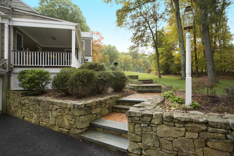 Additional photo for property listing at 42 Hickory Run Road  Califon, 新泽西州 07830 美国