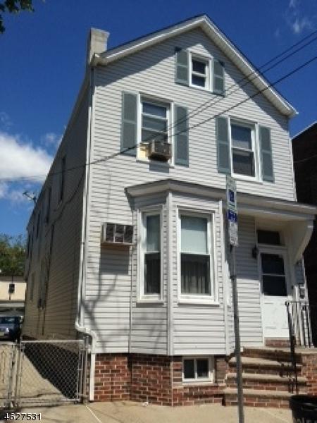 独户住宅 为 销售 在 34 Napoleon Street 纽瓦克市, 新泽西州 07105 美国