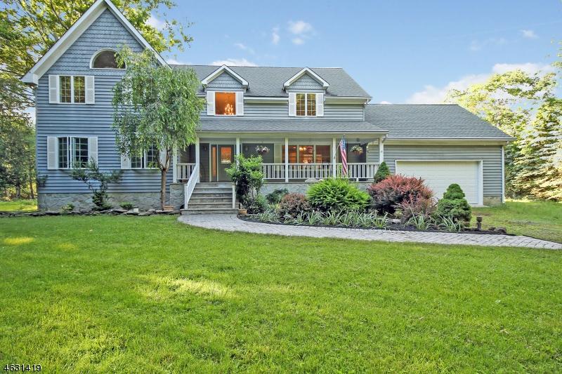 独户住宅 为 销售 在 813 Miller Lane Martinsville, 08836 美国
