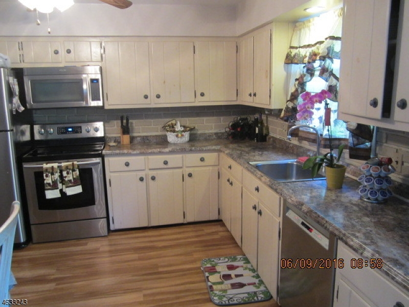 Additional photo for property listing at 34 Gaisler Road  Blairstown, Нью-Джерси 07825 Соединенные Штаты