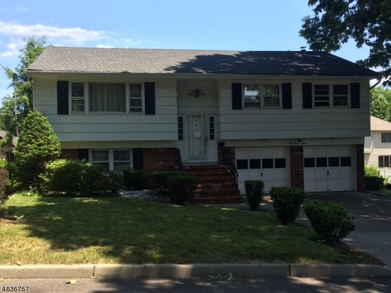 Single Family Home for Sale at 297 Roosevelt Street Teaneck, 07666 United States