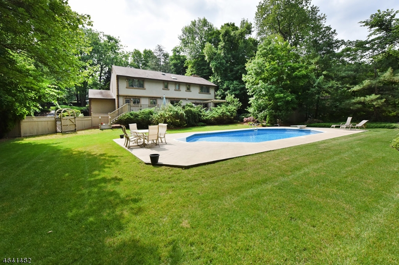 Additional photo for property listing at 1090 High Mountain Road  Franklin Lakes, Nueva Jersey 07417 Estados Unidos