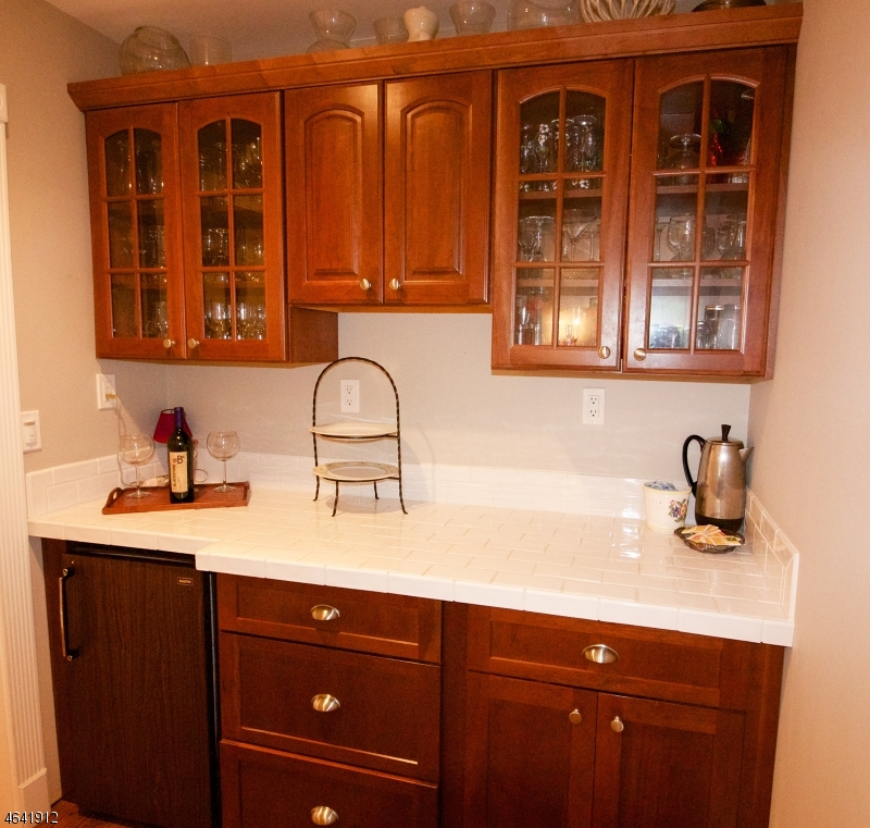 Additional photo for property listing at 60 Washington Drive  Watchung, Нью-Джерси 07069 Соединенные Штаты
