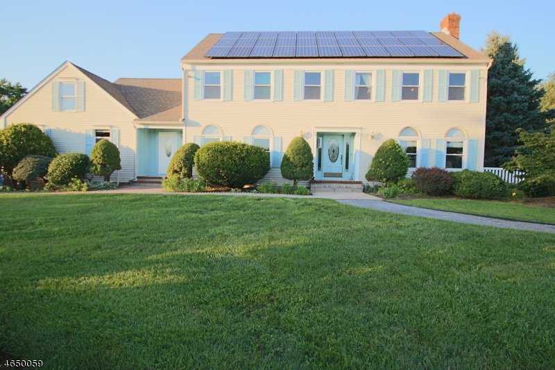 Single Family Home for Sale at 16 Green Farm Lane Delaware, 08559 United States