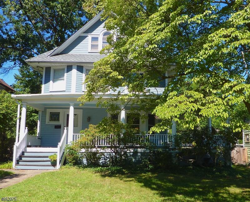 独户住宅 为 销售 在 1127 GRESHAM Road 平原镇, 新泽西州 07062 美国