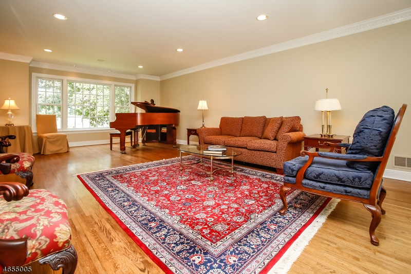 Additional photo for property listing at 43 Candace Lane  Chatham, Nueva Jersey 07928 Estados Unidos
