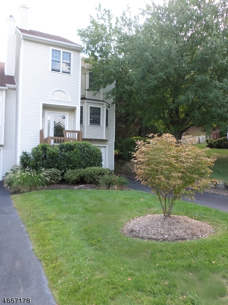 Additional photo for property listing at 6 Kevin Road  Lincoln Park, New Jersey 07035 États-Unis