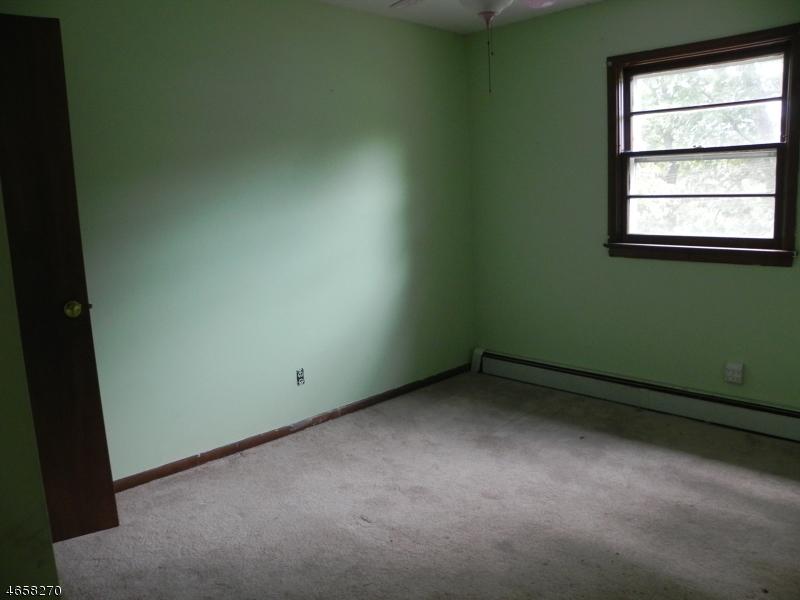 Additional photo for property listing at 58 Woodland Road  Ringwood, Нью-Джерси 07456 Соединенные Штаты