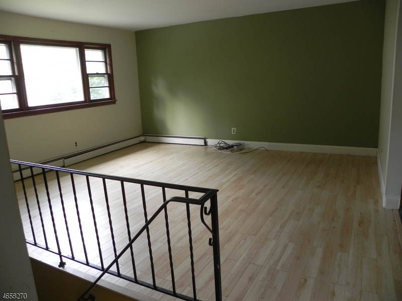 Additional photo for property listing at 58 Woodland Road  Ringwood, New Jersey 07456 États-Unis