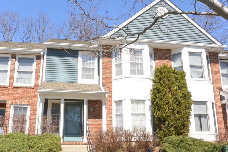 Частный односемейный дом для того Аренда на 129 Hawthorne Court Rockaway, 07866 Соединенные Штаты