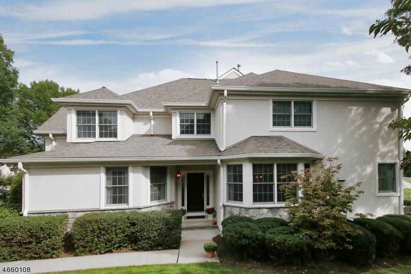 独户住宅 为 销售 在 55 Dickinson Road 巴思金里奇, 新泽西州 07920 美国