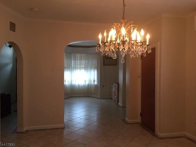 Additional photo for property listing at 34 Napoleon Street  纽瓦克市, 新泽西州 07105 美国
