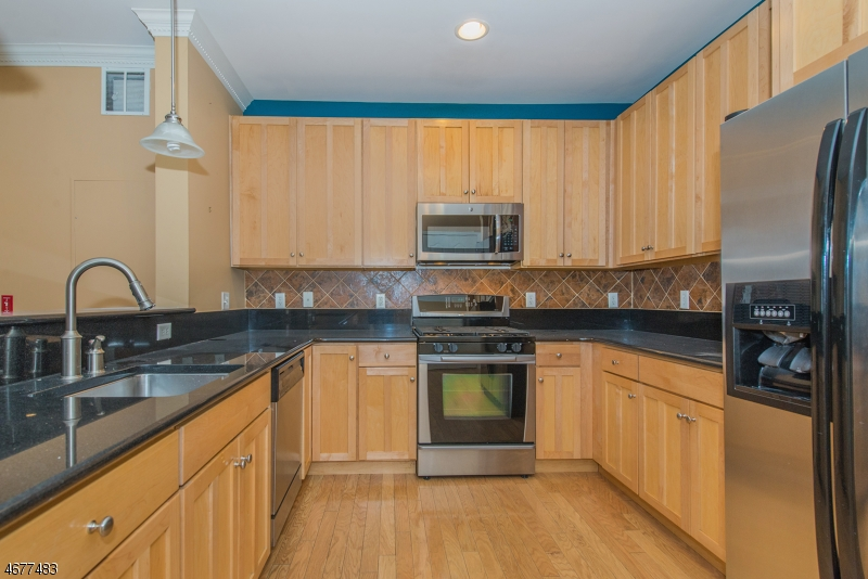Частный односемейный дом для того Продажа на 8313 Sanctuary Blvd Riverdale, 07457 Соединенные Штаты