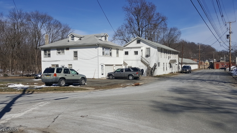 Commercial for Sale at 10-16 Hillside Ter 10-16 Hillside Ter Newton, New Jersey 07860 United States