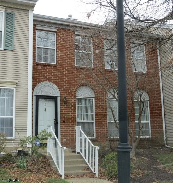 Частный односемейный дом для того Аренда на 3 Balboa Lane Franklin, 08823 Соединенные Штаты