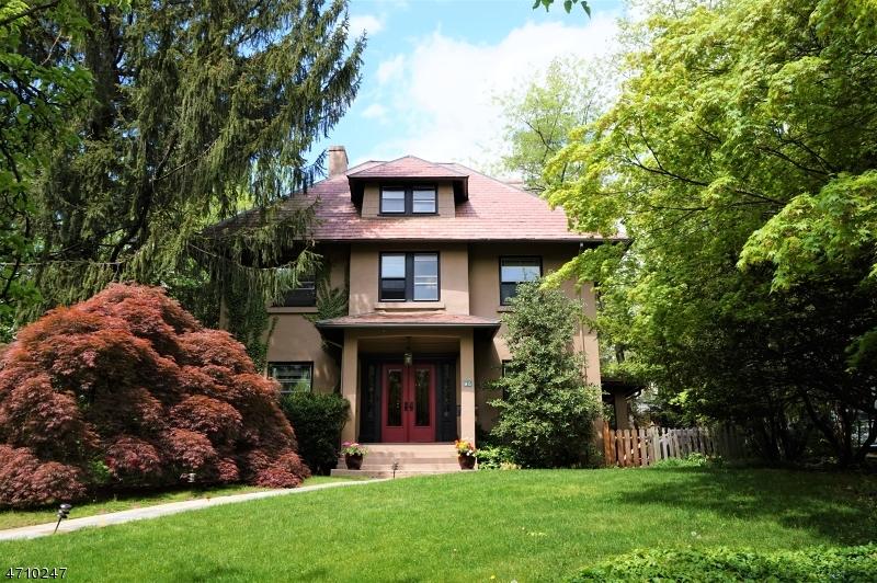 Частный односемейный дом для того Аренда на 95 Maplewood Avenue Maplewood, Нью-Джерси 07040 Соединенные Штаты