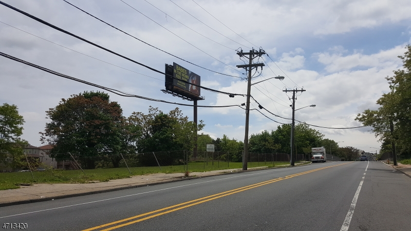 Land for Sale at 823 823 Bergen Street Newark, New Jersey 07112 United States