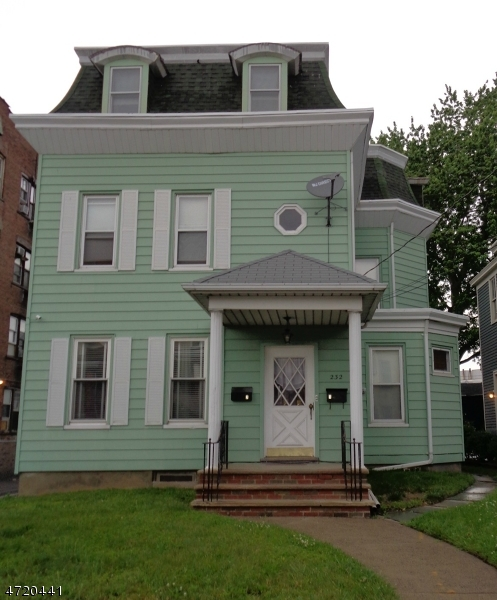 Многосемейный дом для того Продажа на 228-232 GREGORY Avenue Passaic, Нью-Джерси 07055 Соединенные Штаты