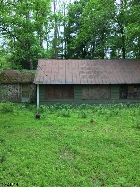 Additional photo for property listing at 38 Sliker Road  Lebanon Township, 뉴저지 07830 미국